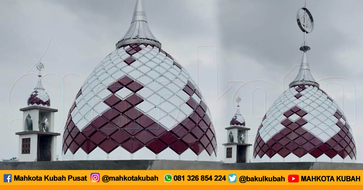 Pemasangan Kubah Enamel Andir, Bandung